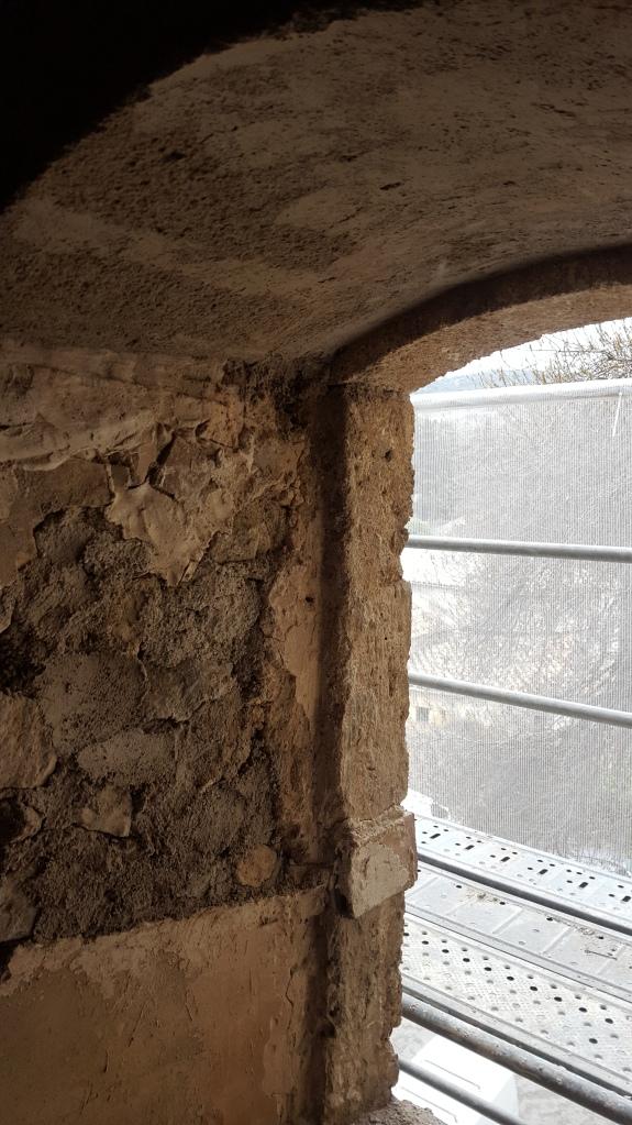 deuxième étage, linteau intérieur