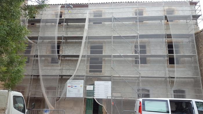 La façade est prête à recevoir l'enduit de finition