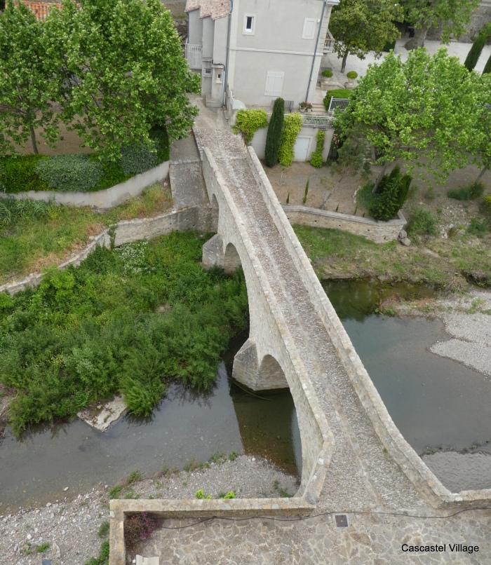 Le Pont et la Villa Mengaud