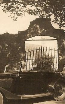 Le portail du Château détruit vers 1970