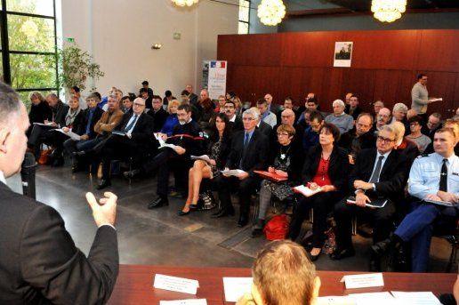 2014-12-04-le-prefet-de-l-aude-louis-le-franc-a-l-ecoute-des-maires-des