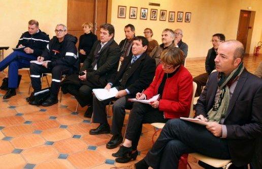 2014-12-10-lors-de-la-reunion-avec-le-prefet-louis-franc